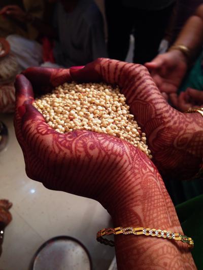 가족의 번영을 상징하는 곡물
