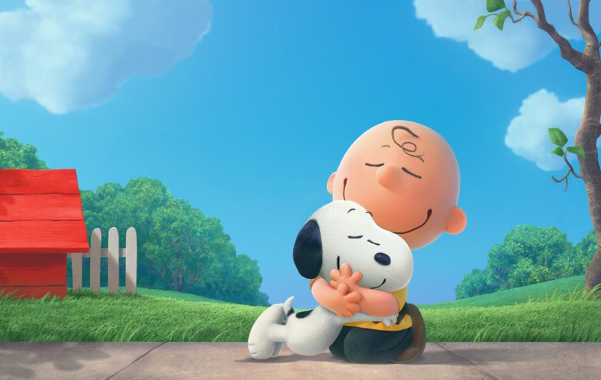 """스티브 마티노 감독은 """"스누피가 전 세계에서 사랑받는 캐릭터인 만큼 많은 사람들이 인형을 갖고 있다고 하더라""""라며 """"큰 화면에서 스누피 인형의 부드럽고 따뜻한 질감을 느끼게 하면 재밌지 않을까 생각했다""""고 말했다."""