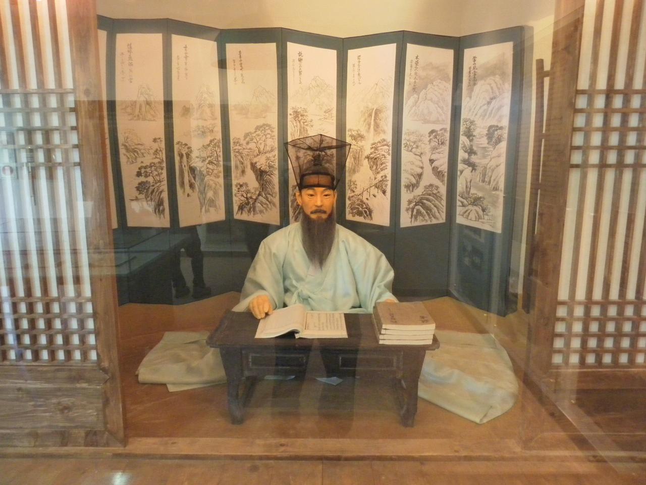 선비의 모습. 경기도 남양주시 조안면의 다산(정약용) 유적지에서 찍은 사진.
