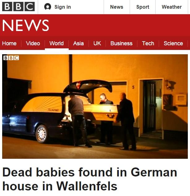 독일의 한 시골 아파트에서 유아 시신 7구가 발견된 사건을 보도하는 BBC 뉴스 갈무리.