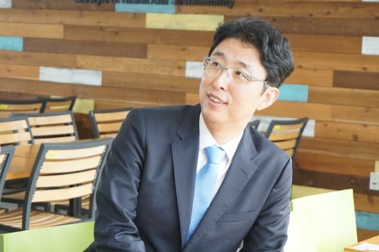 """""""국정교과서, 청년문제는 반드시 해결"""" 안성욱 변호사"""