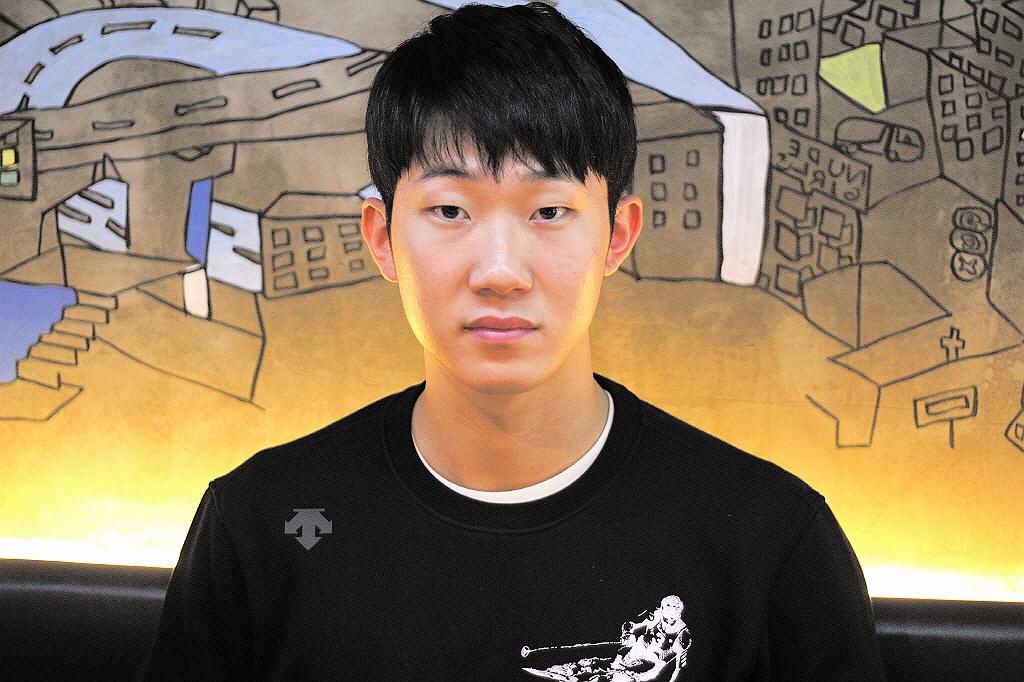 박효준          한국나이 스물한 살 꿈을 가진 그를 만나다.
