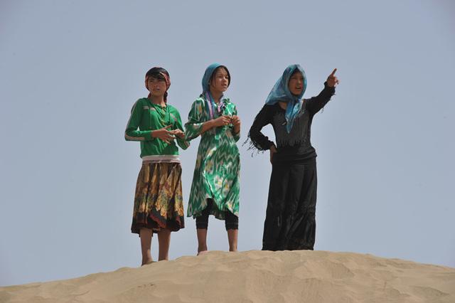 사막의 소녀들 그녀들에겐 야생의 피가 흐르고 있었다.