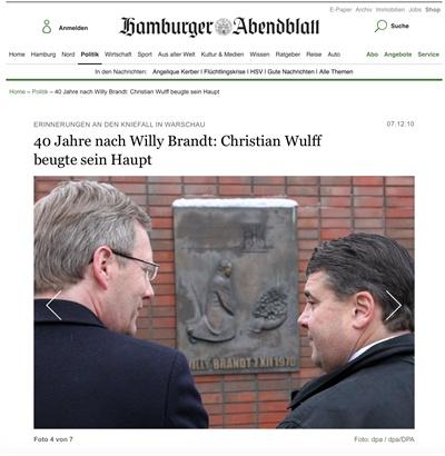 2010년 당시 독일 대통령이었던 크리스티안 불프와 사민당 대표 시그마 가브리엘. 폴란드 바르샤마에는 빌리브란트의 사죄를 기억하기 위한 기념비가 있고 빌리브란트의 이름 딴 공원이 생겼다.