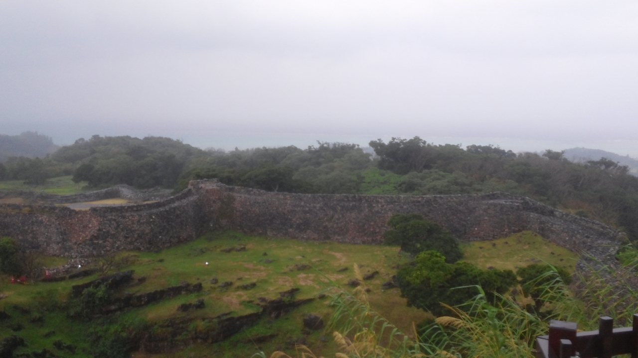 아카진 성터 내부