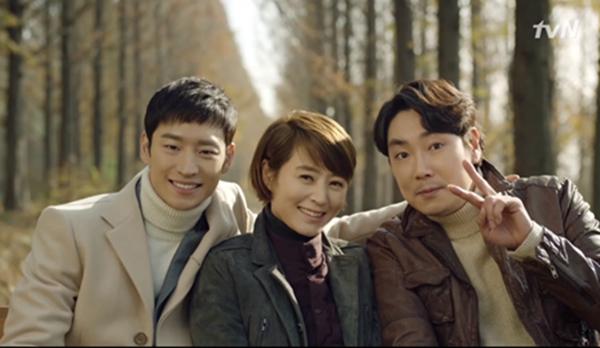 <시그널> 시즌2 제작을 요구하는 시청자들의 목소리가 높아지고 있다.