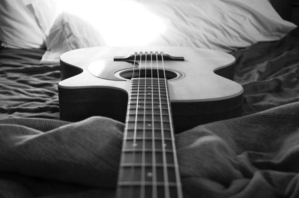 덕이가 기타를 배워보는 건 어떨까. 덕이의 대답은...