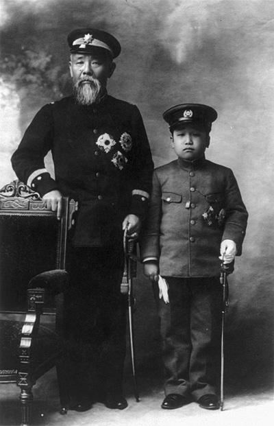 이토 히로부미와 영친왕(1907년, 출처 위키백과)