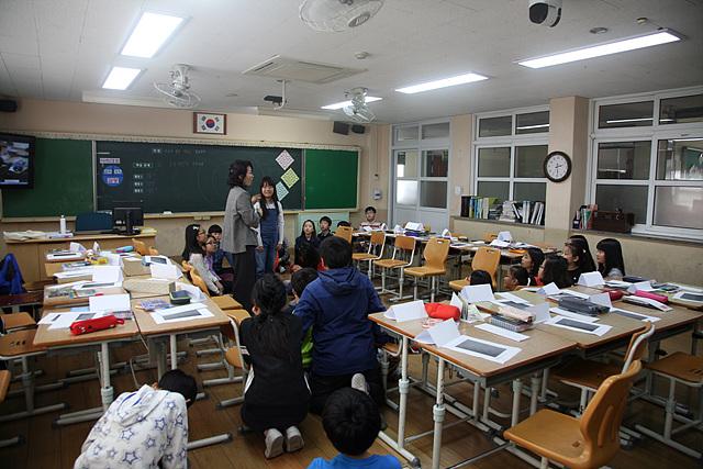 여수부영초등학교 5학년 3반 교실에서 열린 감성수업 장면