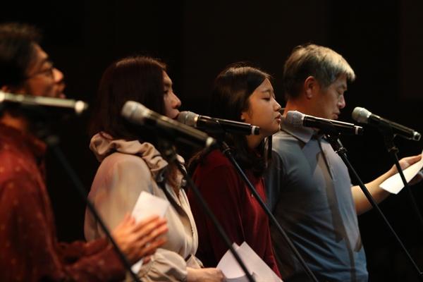'다시, 봄 프로젝트' 참여 뮤지션들은 단원고 학생들을 위로하는 마음과 함께, 진실이 밝혀지길 원하는 마음으로 이날 무대를 꾸몄다.