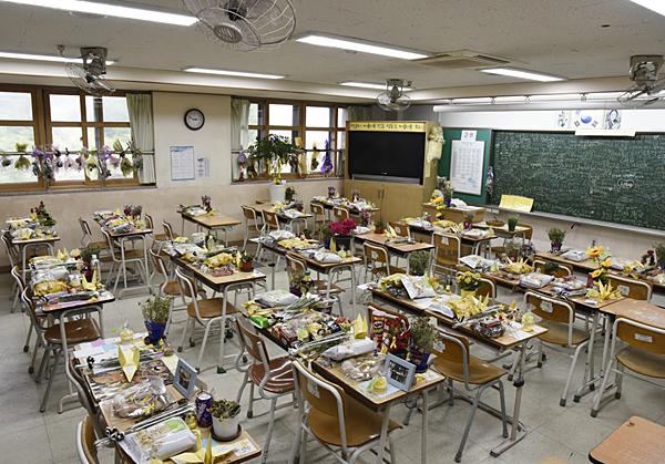 단원고 2학년 8반 교실.