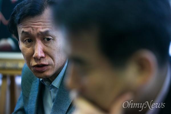5.18 당시 전경으로 광주 소식을 편지로 알리려다가 포고령·반공법 위반으로 징역형을 산 김상회씨.