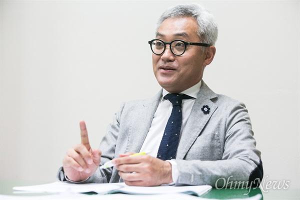 김동엽 경남대 극동문제연구소 교수