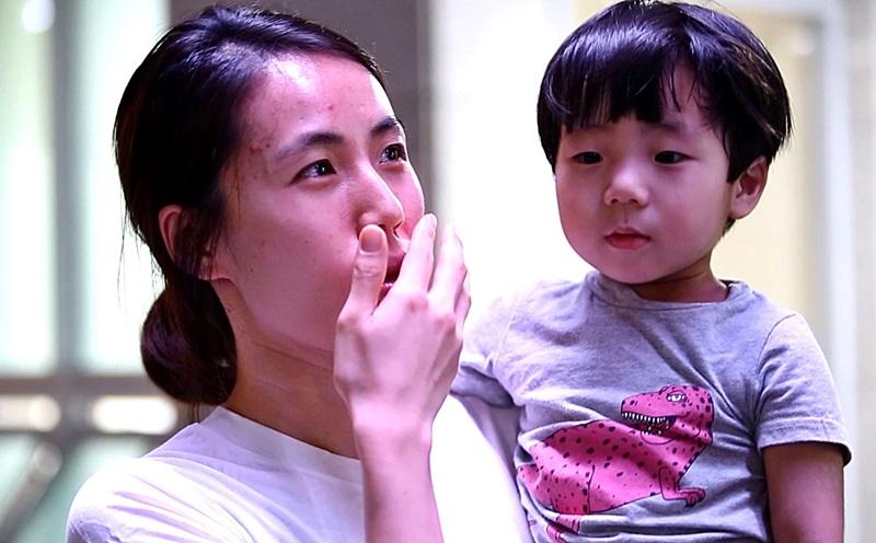안도현군의 어머니 강윤정씨는 평소에도 도현이가 청소를 잘 하고 휴지를 잘 줍는다고 말했다.