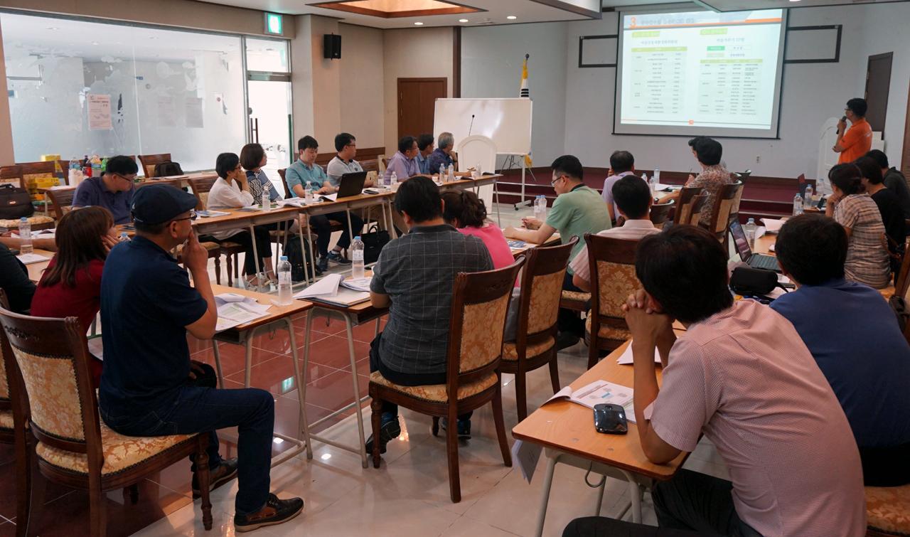 제5차 충남 마을만들기 대화마당 지난 22일 보령시 농민회관에서 제5차 충남 마을만들기 대화마당이 열렸다.