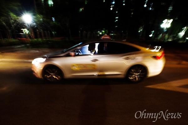 2000년 약촌오거리에서 발생한 택시기사 살인 사건 지난 2000년 8월 10일 새벽 익산시 약촌오거리에서 택시기사가 살해된 사건이 발생했다. 사건이 발생한 위치에서 촬영한 한 택시의 모습.