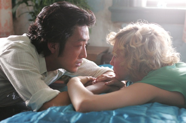 영화 <두 번째 사랑>에 출연했던 하정우. 그의 필모그래피 중 유일한 정통 '멜로' 영화이다.