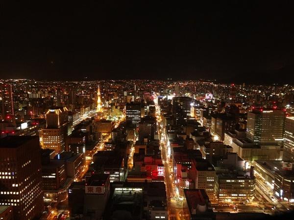 대낮같은 한국의 밤, 야근과 무관하지 않다. (사진은 기사 내용과 직접적 관련이 없습니다.)