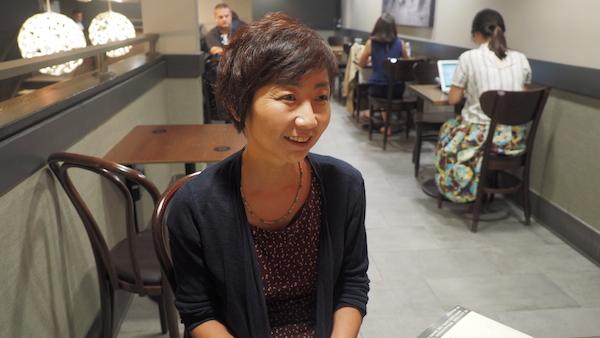 클라라 윤 씨는 대학생 자녀를 둔 평범한 엄마다. 남들과 조금 다른 경험을 하고 있을 뿐이다. ⓒ 유영