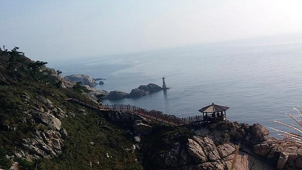 어청도등대 인근의 정자와 해변풍경은 절경이었다