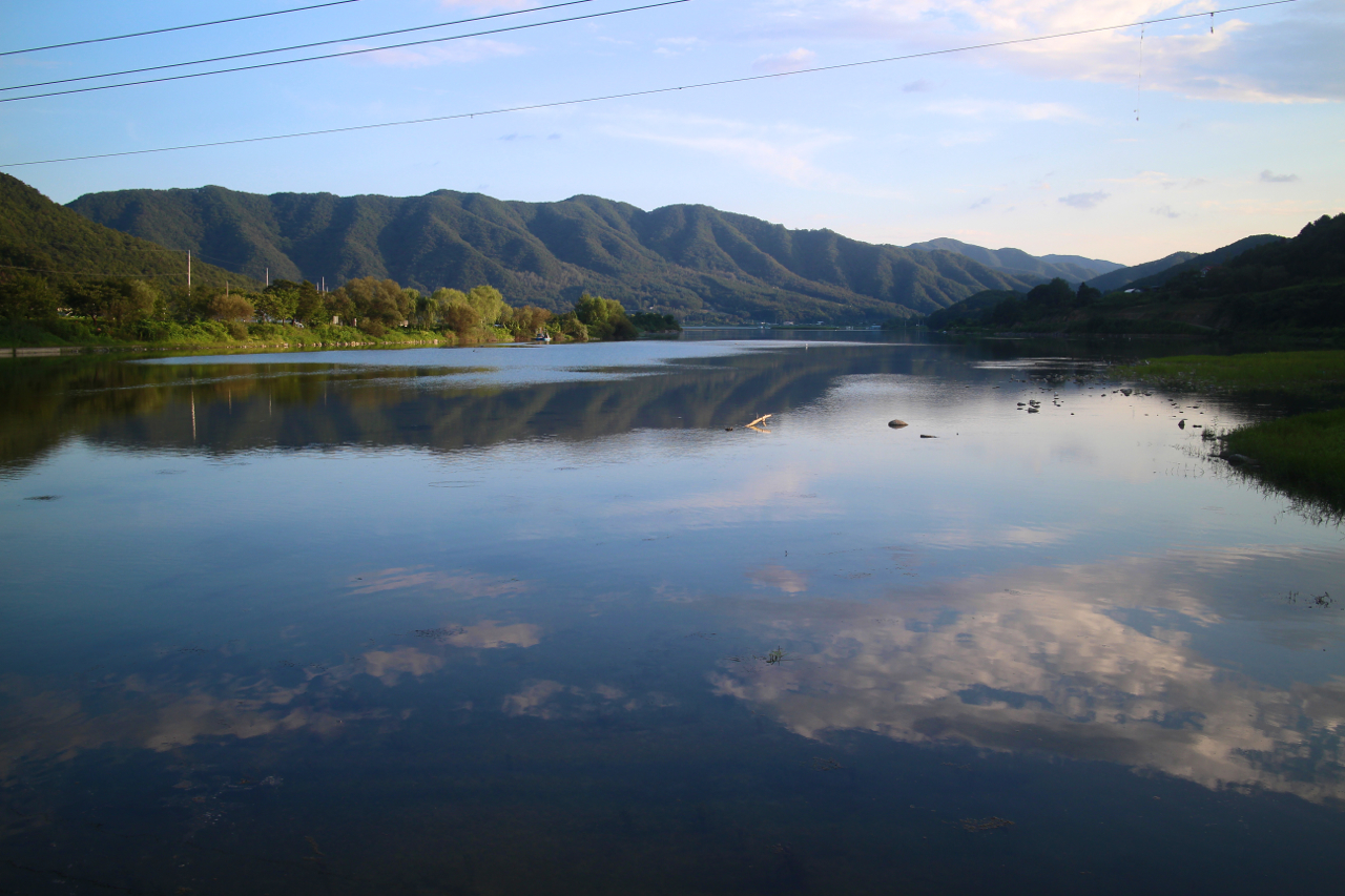 지촌리 북한강.
