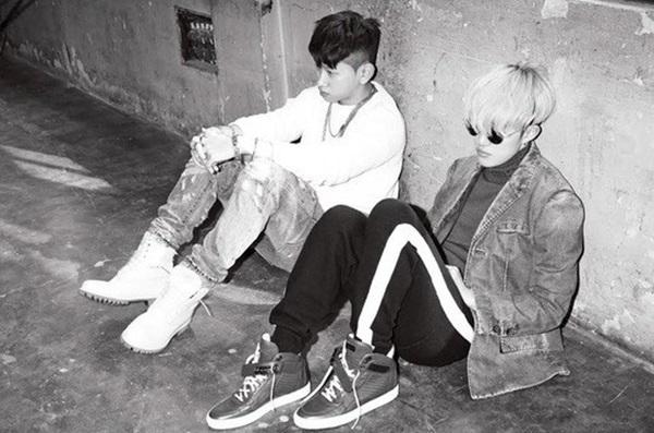 친분이 두터운 자이언티와 크러쉬는 지난해 2월 콜라보레이션 곡 '그냥'을 발표했다.