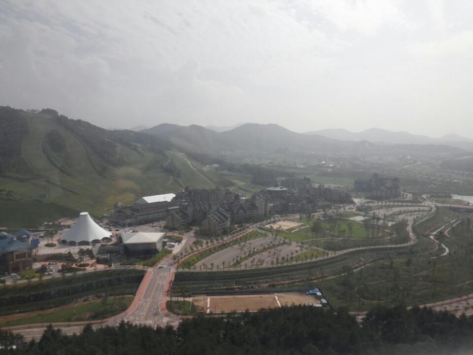 평창 올림픽의 중심이 될 알펜시아 리조트의 2014년 모습.