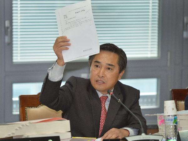 충남도의회 교육위원회 김용필 의원(무소속, 예산1)