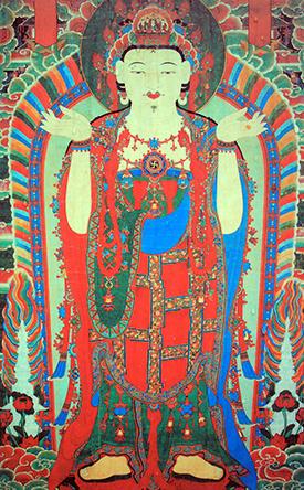 흥국사 노사나불괘불탱(보물 1331호)의 모습. 노사나불괘불탱은 절 법당 앞뜰에서 괘불대에 걸어놓고 예배를 드리기 위해 만든 걸개그림 형태의 대형 탱화이다. 사진은 일주문 앞 흥국사 안내판의 것을 재촬영한 것이기 때문에 실제 모습과는 가로세로 비율, 색상 등에서 많은 차이가 있을 수 있다.
