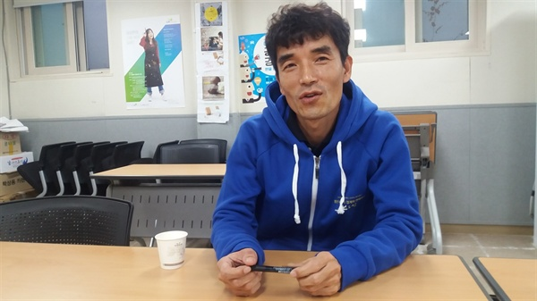 윤기영 사회적경제지원센터 사무국장이 소셜프렌차이즈 사업에 대해 설명하고 있다.