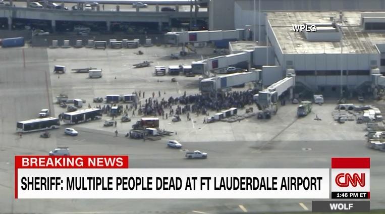미국 플로리다 주 포트로더데일 국제공항에 발생한 총격 사건을 보도하는 CNN 뉴스 갈무리.