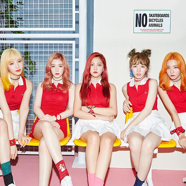 SM엔터테인먼트의 막내 걸그룹 레드벨벳.