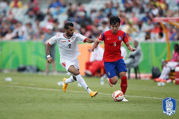 대표팀의 핵심이었던 김진수가 K리그로 돌아온다.