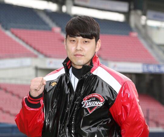 LG트윈스 최재원 2017시즌 우규민의 보상선수로 LG유니폼을 입게 된 최재원