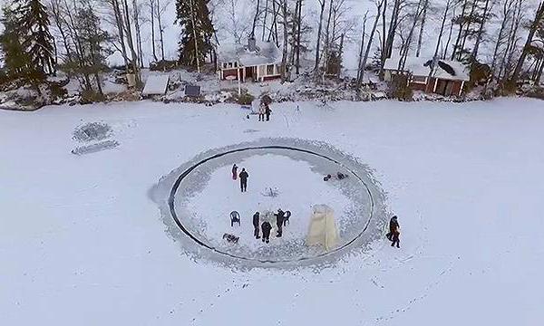 얼음 회전판