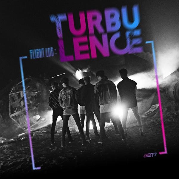 갓세븐의 최신 음반 < FLIGHT LOG: TURBULENCE >. 808 사운드를 적극적으로 활용한 작품 중 하나다.