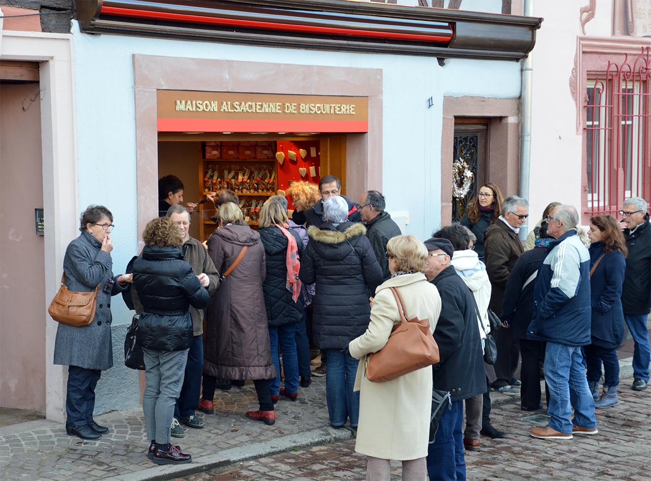 알자스 비스킷 가게. 유명한 알자스의 쿠키와 비스킷을 파는 콜마르 맛집이다.