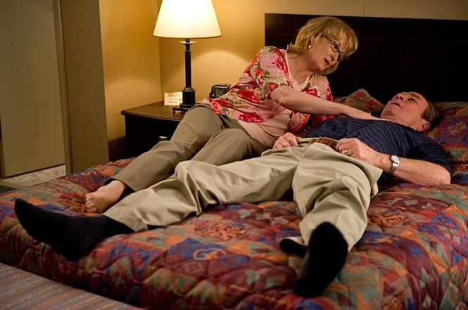 우리는 이 영화를 보며 노부부의 섹스를 응원하게 될 것이다. 아니, 궁극적으로는 사랑을.