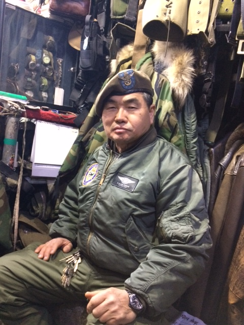 이태원 군복가게 DMZ 윤현진 사장님