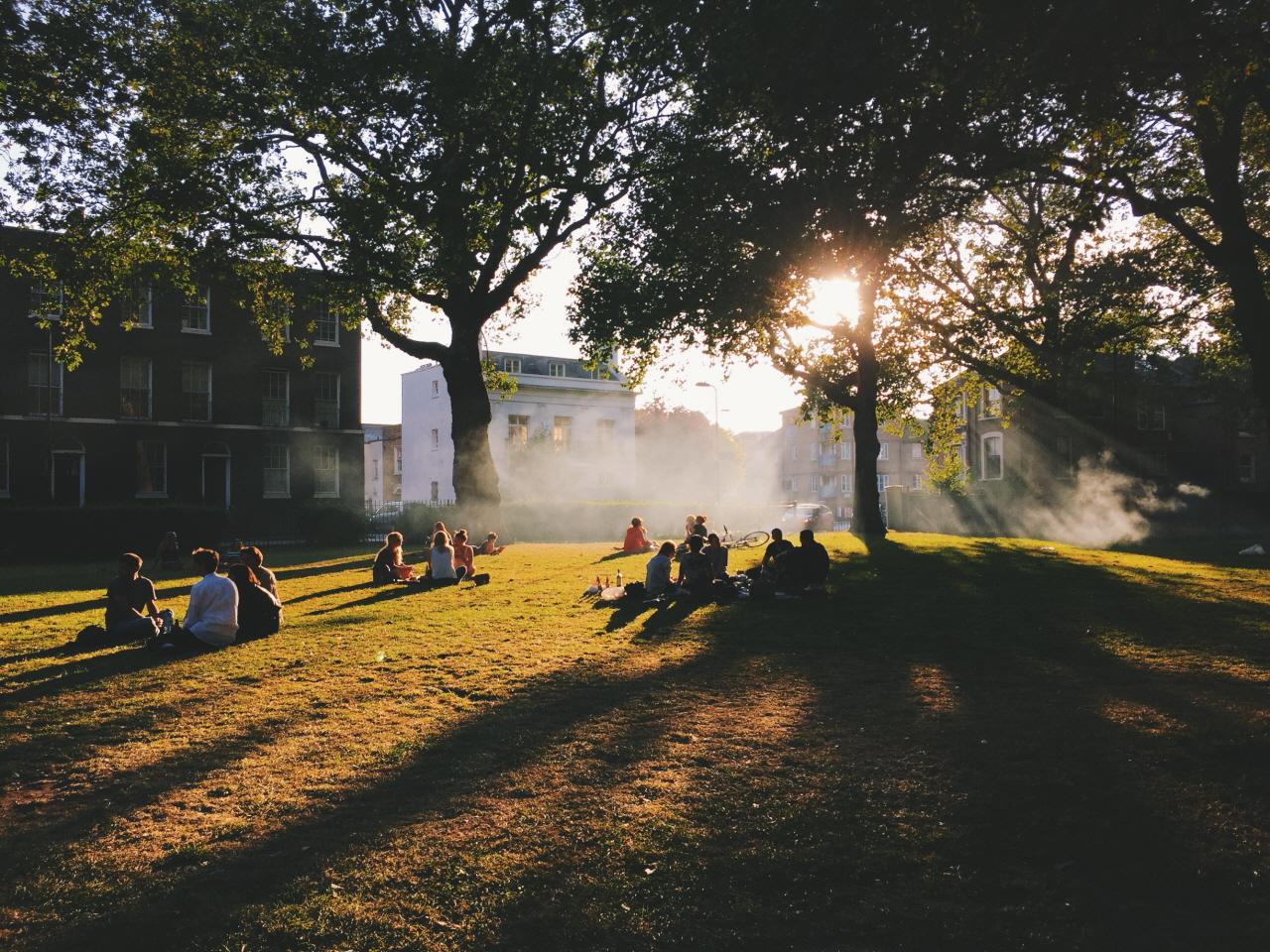 런던의 한 공원.
