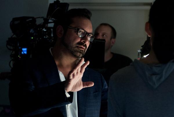 영화 <로건>의 감독이자 각본가 제임스 맨골드. 그는 '울버린의 최후'에 걸맞은 시나리오를 완성했다.