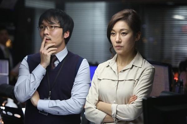영화 <감시자들> 속 진경의 모습.