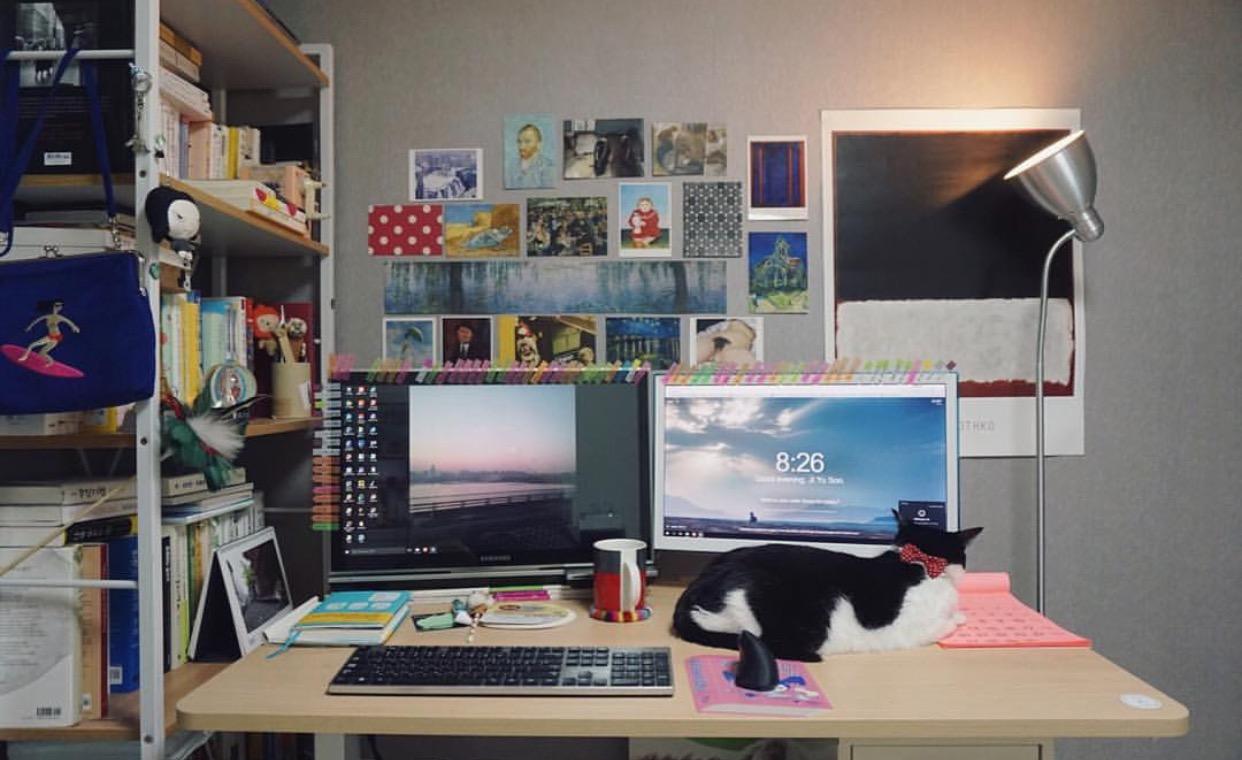 작업실 영상 번역가의 작업실
