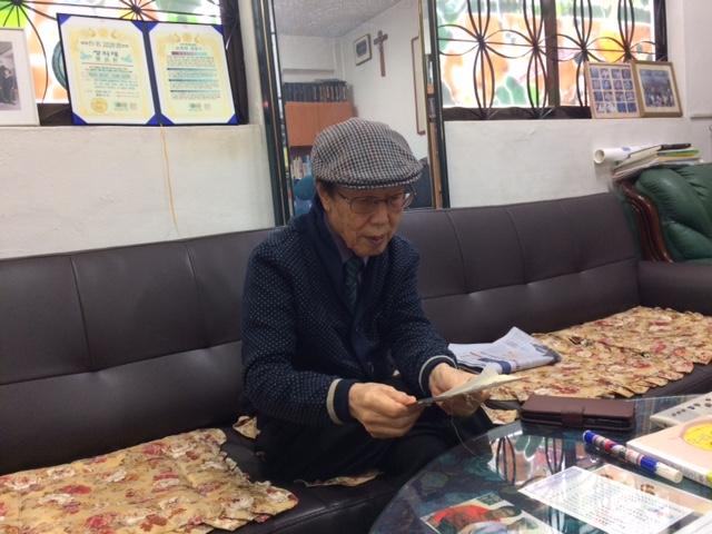 배우리 선생님 인터뷰 모습