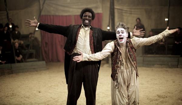 푸티트는 '광대'이고 싶었고, 쇼콜라는 '연예인'이고 싶었던 것 같다. 하지만 그는 '흑인'이었으니….