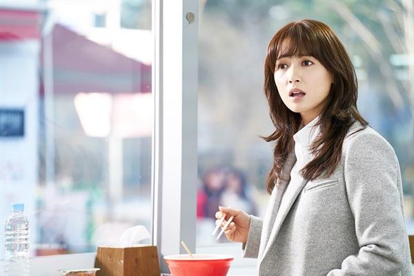 KBS <김과장> 속 배우 남상미(윤하경 역)