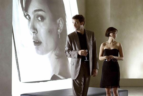 나란히 골든글러브 남녀조연상을 석권한 클라이브 오언과 나탈리 포트먼.
