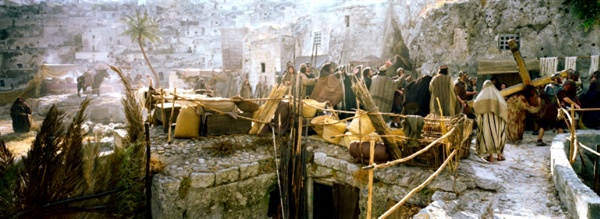 <패션 오브 크라이스트>는 과도한 폭력과 반유대주의가 강했지만, 각 교회에서는 전혀 문제되지 않았다.