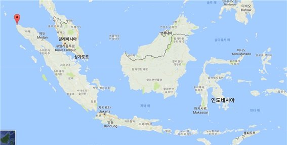 반다아체(Banda Ache) 아체 주의 주도로 수마트라 섬 북부에 위치하며 인도네시아에서도 가장 먼저 이슬람을 받아들인 곳으로 오랫동안 독립적인 이슬람 왕국을 유지하였다