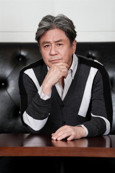 영화 <특별시민>에 출연한 배우 최민식.